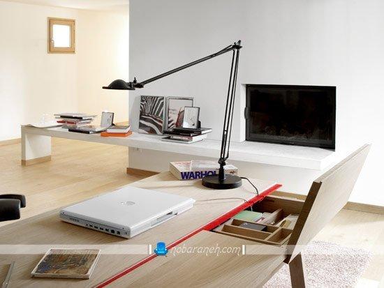 میز تحریر مدرن چوبی با طراحی شیک و ساده