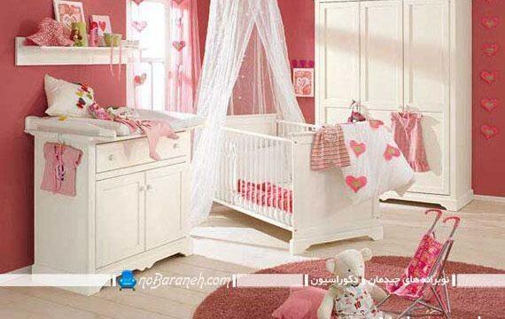 ترکیب کردن رنگ صورتی و سفید در اتاق و سیسمونی نوزاد