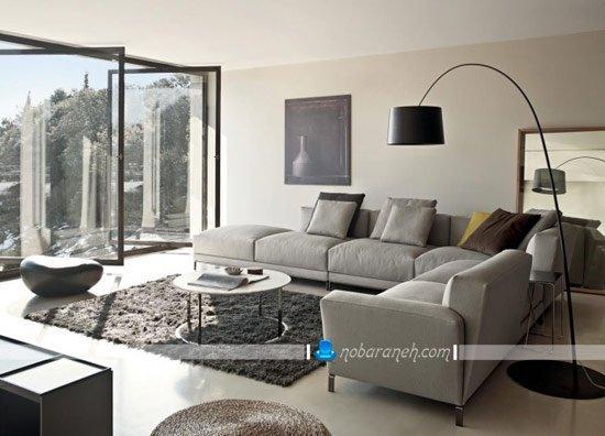 چیدمان ال مبلمان راحتی در اتاق نشیمن خانه / عکس