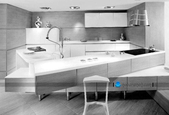 طرح جدید کابینت سفید آشپزخانه با میز اپن بزرگ