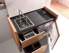 مدل کابینت آشپزخانه کوچک با سینک و اجاق گاز