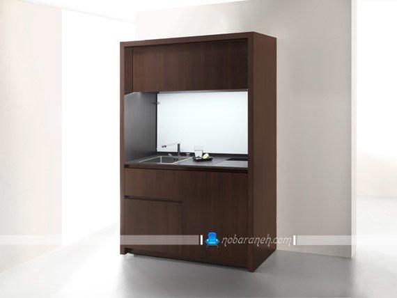 کابینت آشپزخانه کوچک در دل یک کمد چوبی کابینت کوچک در حد کمد چوبی
