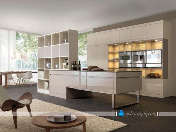 مدل نورپردازی کابینت آشپزخانه با چراغ هالوژن