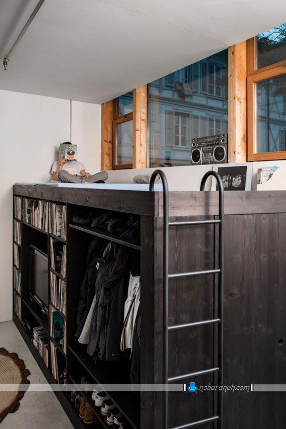 تبدیل فضای بالای کمد چوبی به تخت خواب و فضای خواب، کمد چوبی جادار و چند کاره برای خانه های کوچک دانشجویی، مدل تخت خواب کمجا
