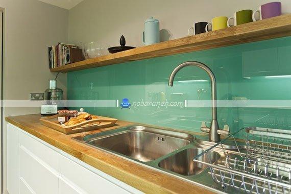 تزیین دیوار آشپزخانه با دیوارپوش شیشه ای و مدرن