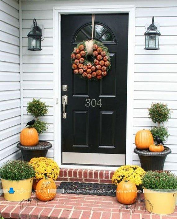 تزیین درب ورودی منزل به شکل پاییزی و هالووینی