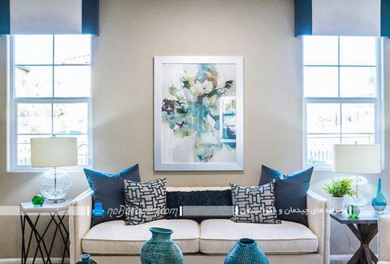 ترکیب رنگی آبی و کرم در اتاق نشیمن کوچک