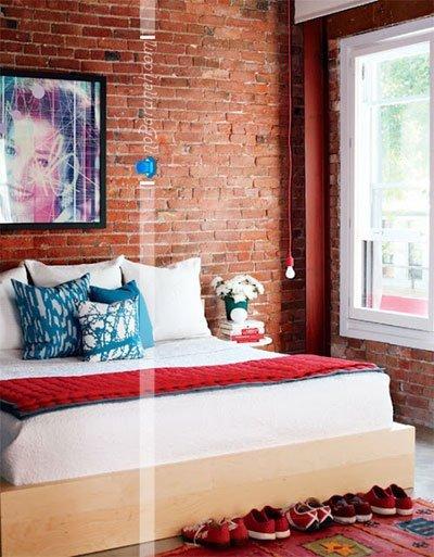 تزیین دکوراسیون اتاق خواب با دیوارپوش آجری / عکس