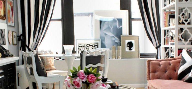 دکوراسیون اتاق نشیمن با رنگ سیاه سفید و صورتی