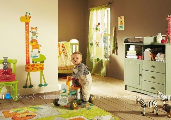 ست کردن طرح و رنگ ها در دکوراسیون اتاق نوزاد پسر، مدل سیسمونی و تخت خواب نوزاد