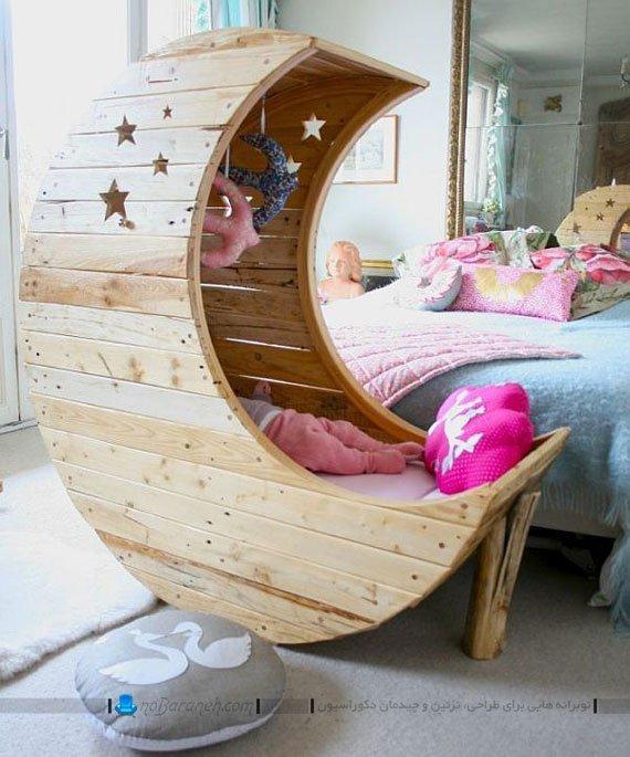 تخت نوزاد چوبی با طرح ماه