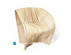 صندلی چوبی ظریف ساخته شده با چوب بالسا