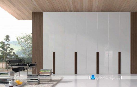 کمد چوبی بزرگ با درب هشت تکه آکاردیونی برای سالن های بزرگ و جادار / عکس
