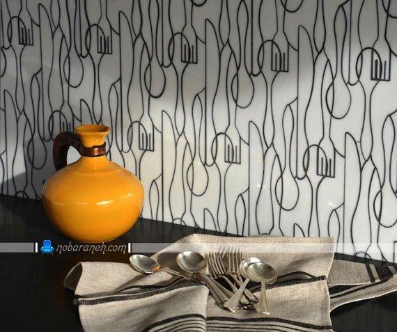 دیوارپوش شیشه ای و هایگلاس با طرح قاشق و چنگال، تزیین دیوارهای آشپزخانه با مدل های جدید و مدرن دیوارپوش