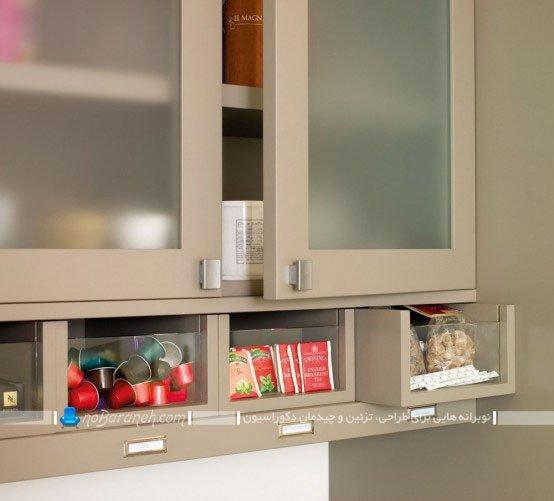 کابینت های ساده با درب شیشه ای