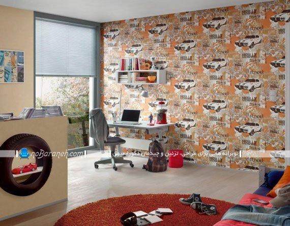 کاغذ دیواری پسرانه اتاق کودک با طرح ماشین مسابقه ای