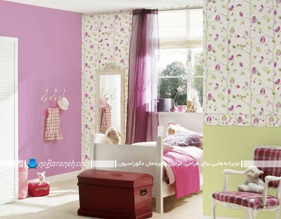 کاغذ دیواری دخترانه با طرح گل دار سبز و بنفش