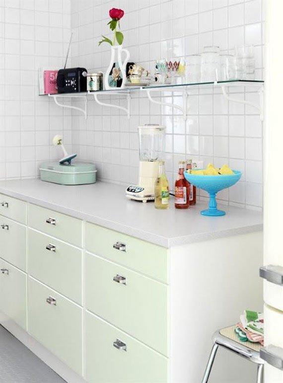 دیوارپوش و کاشی سفید و ساده آشپزخانه / عکس
