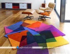 فرش اتاق پذیرایی و نشیمن با رنگ بندی شاد