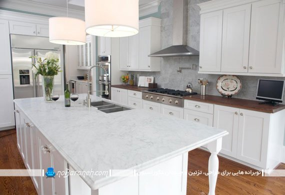 آشپزخانه کلاسیک و سنتی با کابینت های سفید رنگ