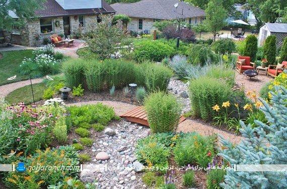 تزیینات ساده چوبی برای حیاط خانه