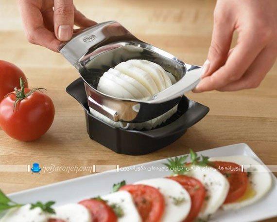 خلال کن تخم مرغ و گوجه