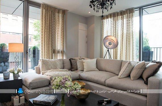 تزیین و دیزاین دکوراسیون اتاق نشیمن با چراغ های نورپردازی