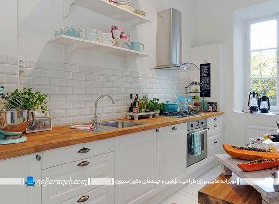 کابینت های سفید و چوبی ساده