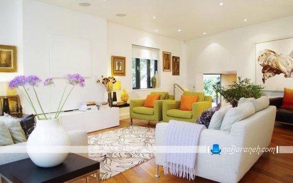 رنگ آمیزی اتاق پذیرایی با سفید و رنگهای شاد