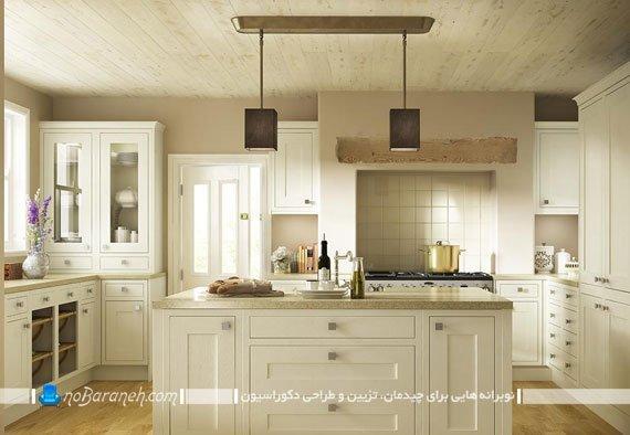 آشپزخانه با کابینت های کرم رنگ