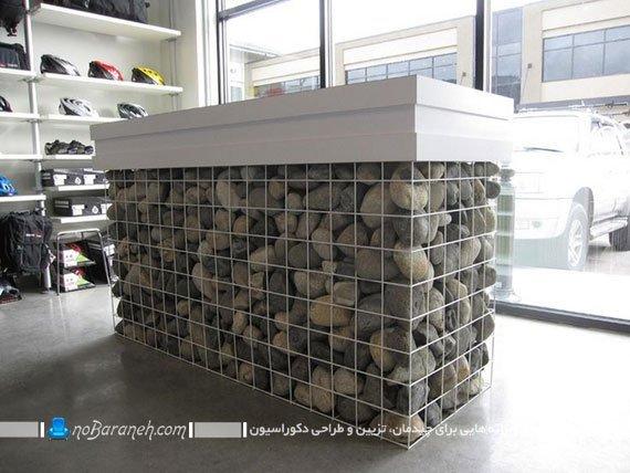 میز طراحی شده برای فروشگاه لوازم کوهنوری و صخره نوردی