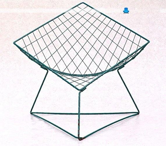 صندلی فلزی و قدیمی ایکیا