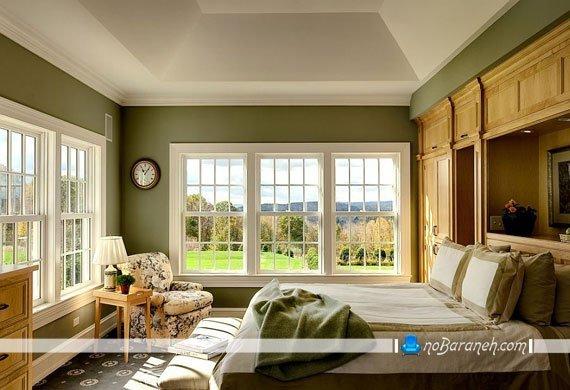 اتاق خواب کلاسیک با دیوارهای سبز روشن
