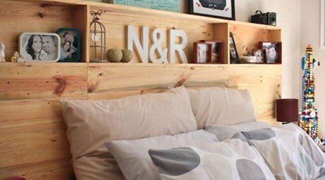 قفسه چوبی کنار تخت خواب، تزیین سرویس خواب با بوفه و طبقات چوبی ، شلف بندی تخت خواب