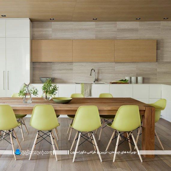 کابینت مدرن سفید و طرح چوب با کنتراست