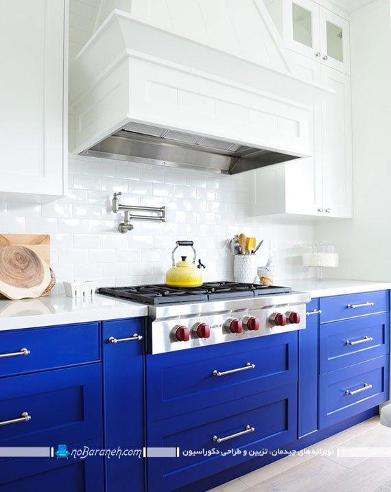 کنتراست در دکوراسیون آشپزخانه با رنگ های سفید و آبی