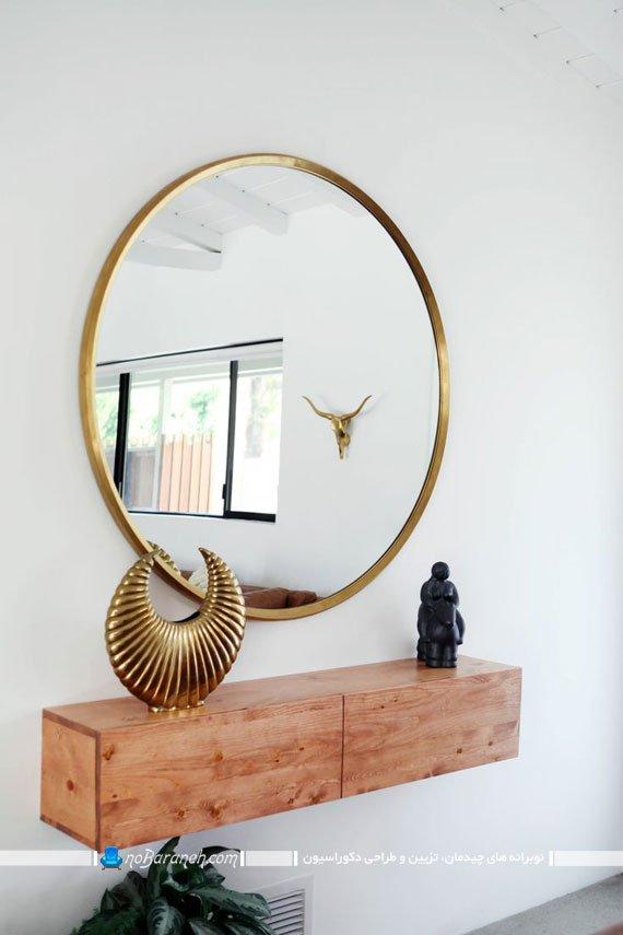 تزیین و دیزاین راهرو کوچک با آینه های تزیینی و کمدهای چوبی)