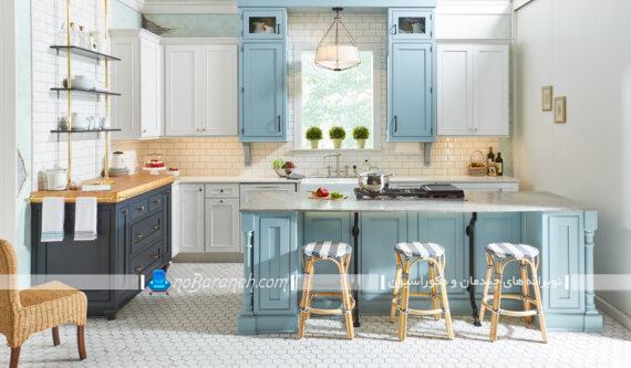 کابینت سفید و فیروزه ای برای آشپزخانه کلاسیک شیک. مدل های جدید رنگ بندی کابینت آشپزخانه