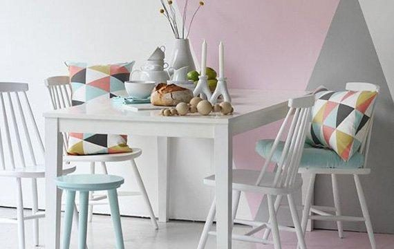 میز و صندلی نهارخوری چهارنفره ساده با رنگ سفید