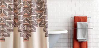 دکوراسیون زیبا در حمام با رنگ نارنجی، سیاه و سفید