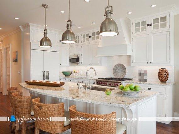 مدل کابینت سفید آشپزخانه با رویه و کانترتاپ سنگی رنگ روشن