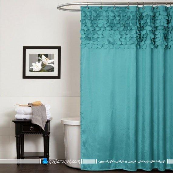 پرده حمام فانتزی با رنگ فیروزه ای. تزیین سرویس بهداشتی با رنگ فیروزه ای. دکوراسیون شیک حمام و دستشویی سرویس بهداشتی با رنگ سبز و آبی فیروزه ای