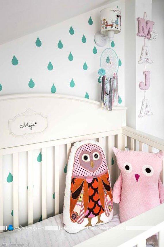 چگونه اتاق کودک نوزاد را تزیین کنیم تزیین تخت خواب و دیوار اتاق نوزاد