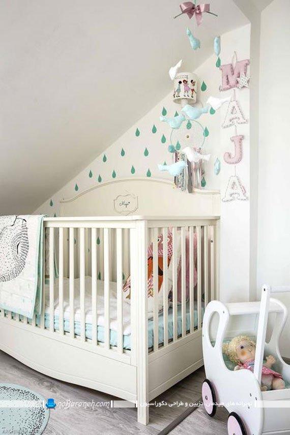 چیدمان سیسمونی نوزاد دختر. مدل تخت خواب نوزاد دختر. دکوراسیون اتاق خواب کوچک نوزاد