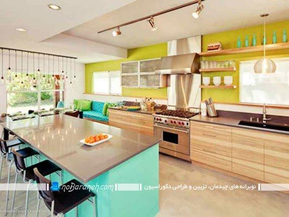 دکوراسیون آشپزخانه با رنگ آمیزی سبز و کابینت های کرم
