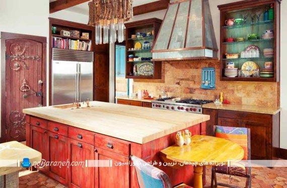 طراحی دکوراسیون سنتی در آشپزخانه با رنگ های شاد