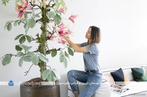 تزیین خانه با گلدان مصنوعی بزرگ و گل دار
