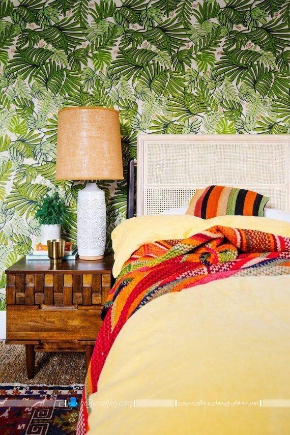 تزیین اتاق خواب با کاغذ دیواری سبز رنگ