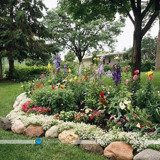 تزیین باغچه با قلوه سنگ ها
