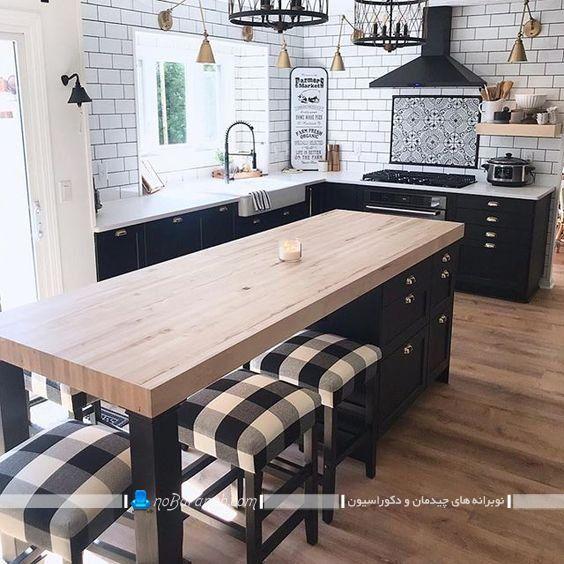 نیمکت و صندلی بدون پشتی برای میز اپن و جزیره. مدل های جدید دیزاین و دکوراسیون کلاسیک آشپزخانه منزل با سیاه سفید.